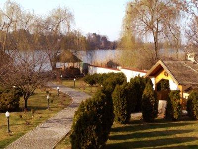 Vila la Snagov vav Palat cu ponton pe lac, Visul nu are limite!