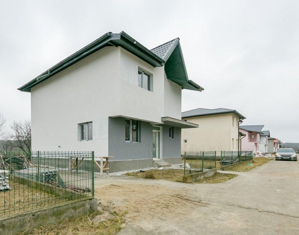 Cu această vila te poți bucura de liniștea Pădurii Snagov (TIP 1) 1