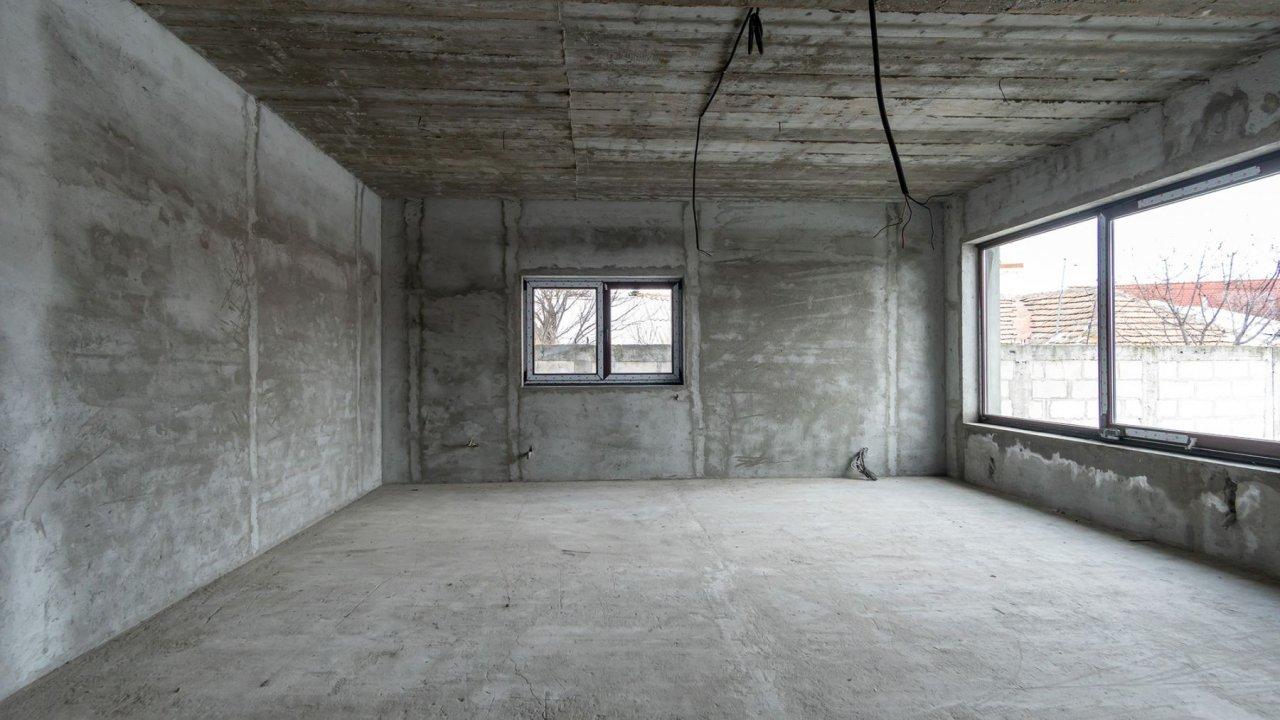 Vila in sistem Duplex, spatioasa si bine compartimentata. 2