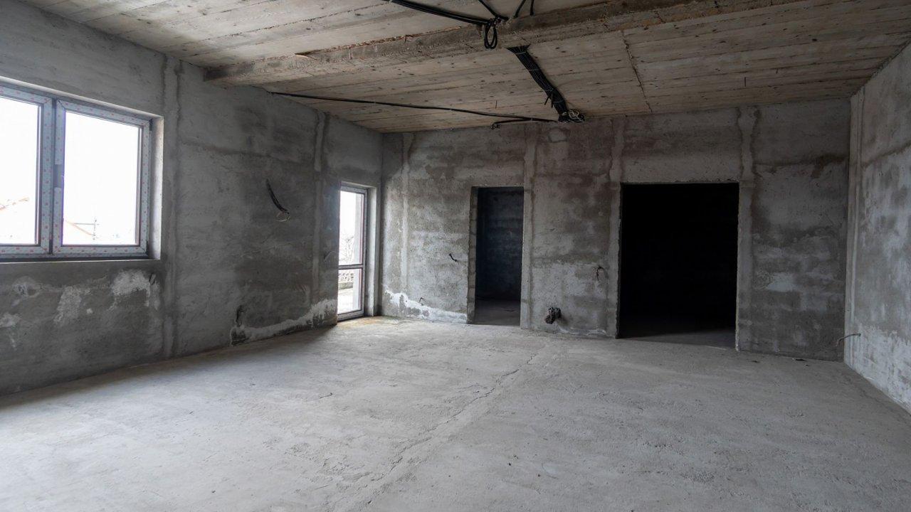 Vila in sistem Duplex, spatioasa si bine compartimentata. 7